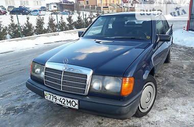 Mercedes-Benz E 200 1988 в Черновцах