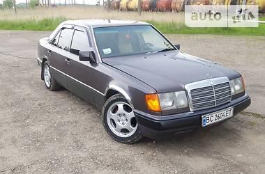 Mercedes-Benz E 200 1990 в Трускавце