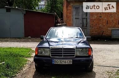 Mercedes-Benz E 200 1986 в Залещиках