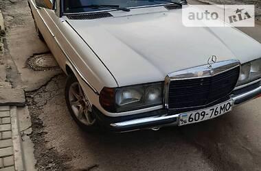 Mercedes-Benz E 200 1984 в Бережанах