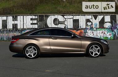Купе Mercedes-Benz E 200 2010 в Києві