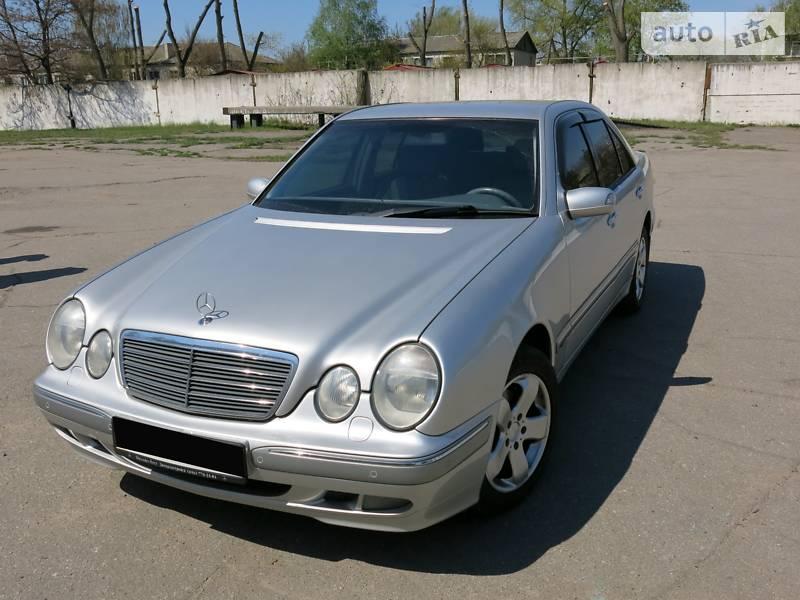 Mercedes-Benz E 220 2001 в Кременчуге