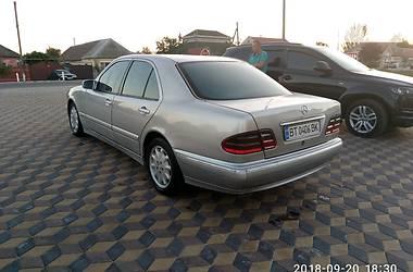 Mercedes-Benz E 220 2001 в Скадовске