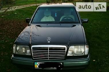 Mercedes-Benz E 220 1994 в Вижнице