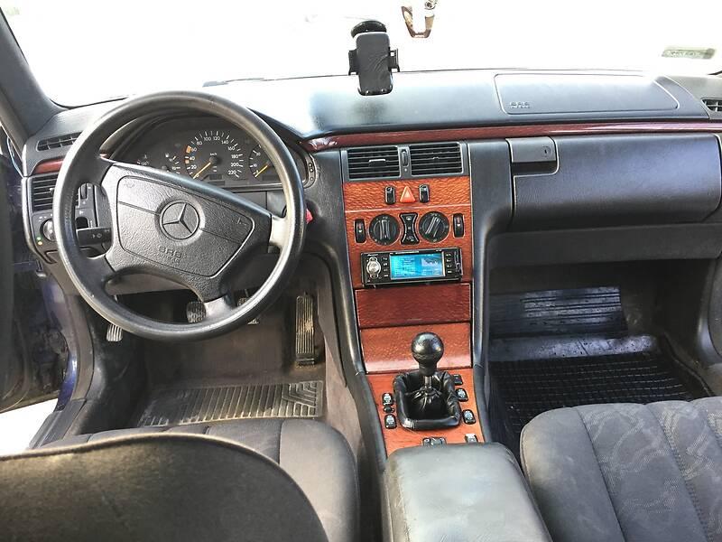 Mercedes-Benz E 220 1997 в Дунаевцах