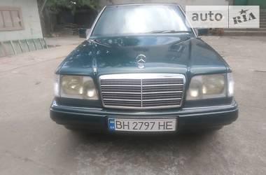 Mercedes-Benz E 220 1995 в Одессе