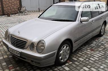 Mercedes-Benz E 220 2002 в Кривом Роге