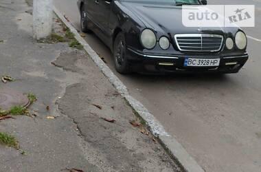 Универсал Mercedes-Benz E 220 2001 в Червонограде