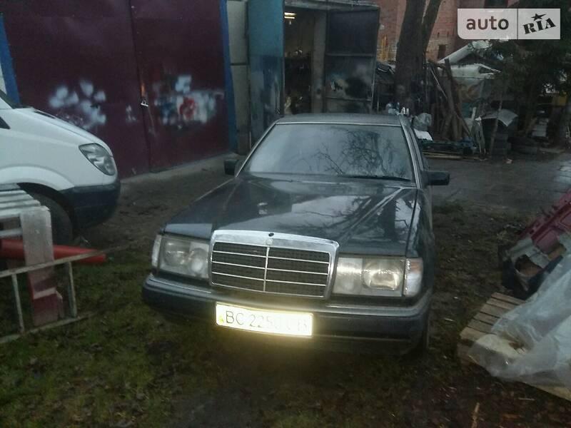 Mercedes-Benz E 230 1994 в Львове