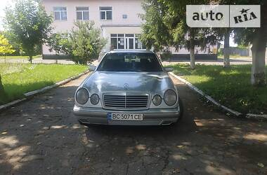 Mercedes-Benz E 230 1996 в Ровно