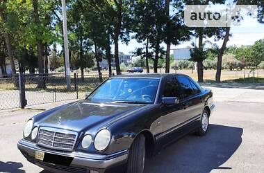 Mercedes-Benz E 230 1995 в Измаиле