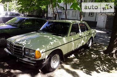 Mercedes-Benz E 240 1977 в Харькове