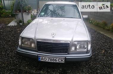 Mercedes-Benz E 250 1995 в Иршаве