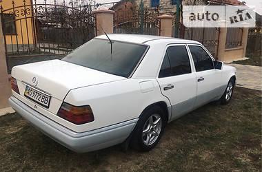 Mercedes-Benz E 250 1993 в Ужгороде