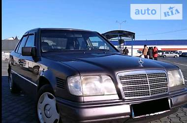 Mercedes-Benz E 250 1993 в Каменец-Подольском