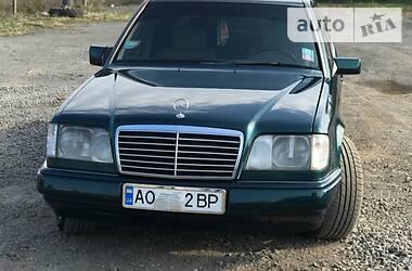 Mercedes-Benz E 250 1994 в Иршаве