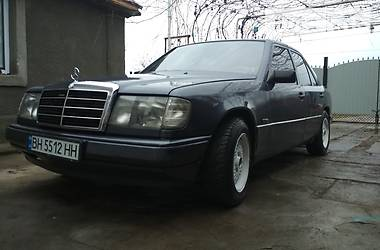 Mercedes-Benz E 260 1987 в Белгороде-Днестровском