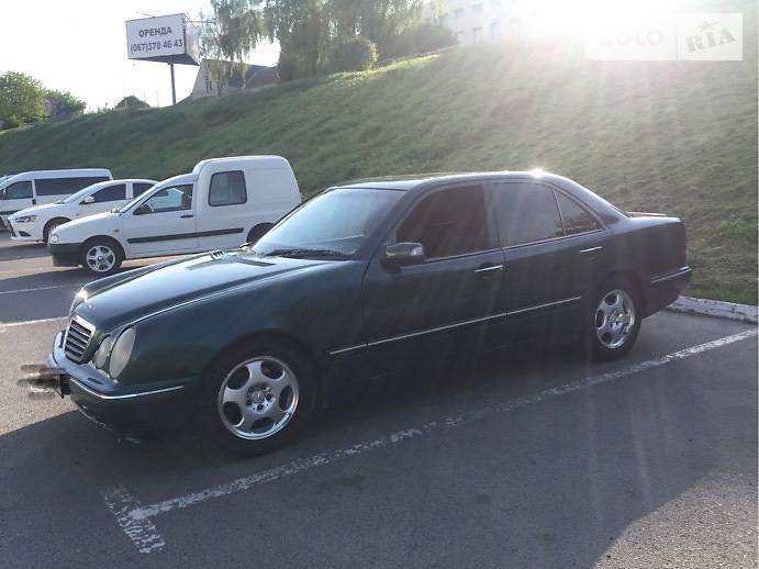 Mercedes-Benz E 270 2000 в Луцке