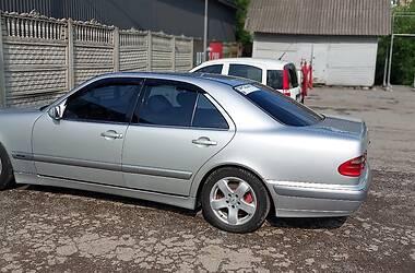 Седан Mercedes-Benz E 270 2000 в Коломые