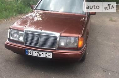 Mercedes-Benz E 300 1986 в Киеве