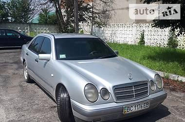 Mercedes-Benz E 300 1998 в Львове