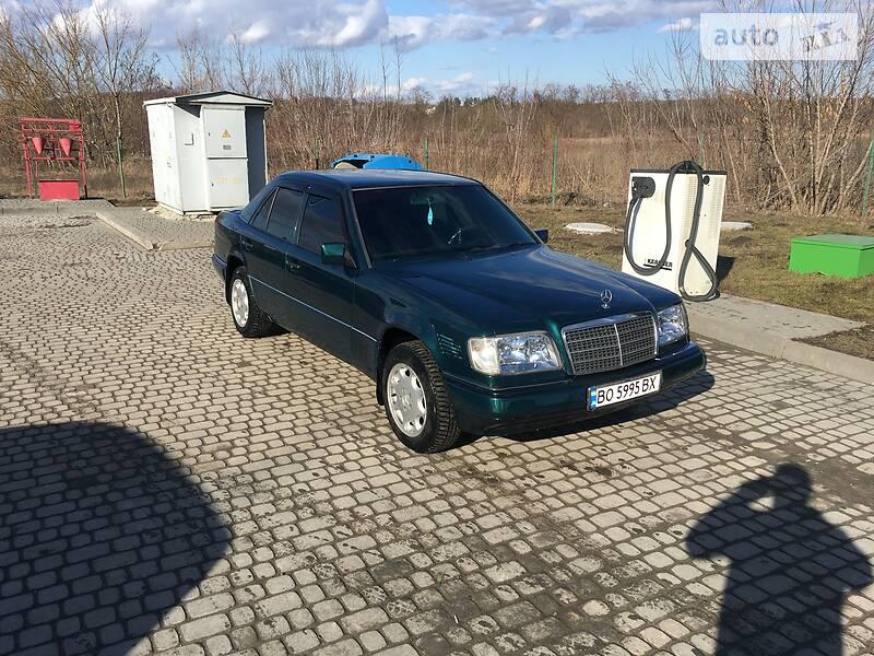 Mercedes-Benz E 300 1995 в Чорткове