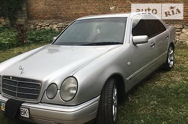 Mercedes-Benz E 430 2001 в Николаеве
