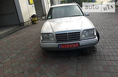 Mercedes-Benz E-Class All-Terrain 1995 в Киеве