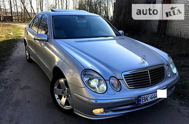 Mercedes-Benz E-Class 2002