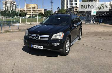 Внедорожник / Кроссовер Mercedes-Benz GL 450 2006 в Одессе
