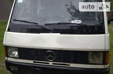 Mercedes-Benz MB пасс. 1988 в Черновцах