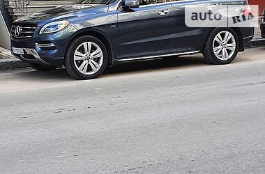 Позашляховик / Кросовер Mercedes-Benz ML 250 2015 в Харкові