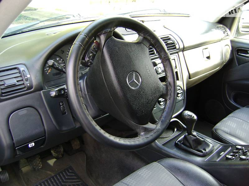 Mercedes-Benz ML 270 2001 в Львове