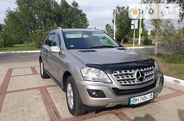 Mercedes-Benz ML 320 2010 в Измаиле