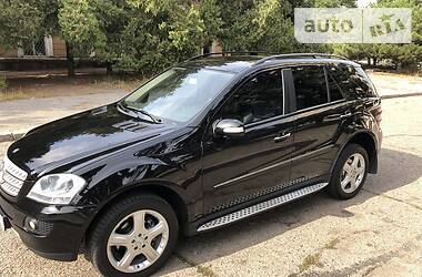 Mercedes-Benz ML 320 2007 в Черноморске