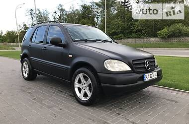 Mercedes-Benz ML 320 1998 в Киеве