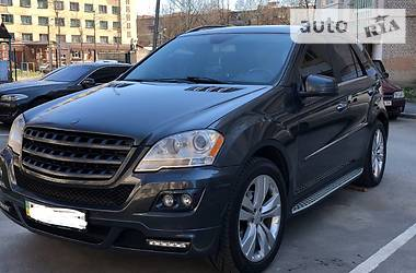 Mercedes-Benz ML 350 2011 в Киеве