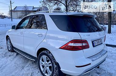 Mercedes-Benz ML 350 2016 в Киеве