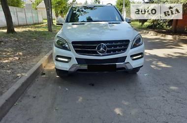 Позашляховик / Кросовер Mercedes-Benz ML 350 2013 в Харкові