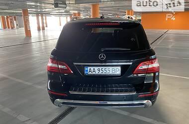 Внедорожник / Кроссовер Mercedes-Benz ML 400 2014 в Киеве