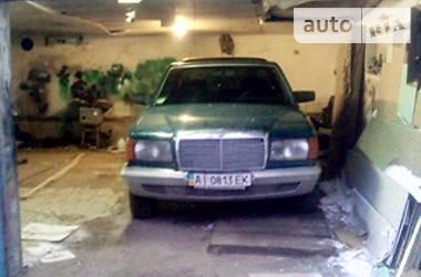 Mercedes-Benz S 300 1984 в Киеве