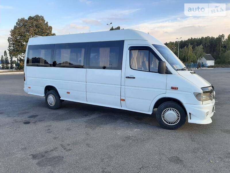 Mercedes-Benz Sprinter 312 пасс. 2000 в Киеве
