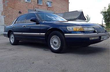 Mercury Grand Marquis 1992 в Веселом