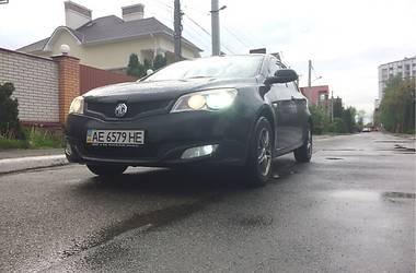 MG 350 2013 в Києві