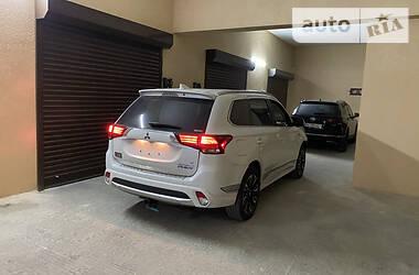 Mitsubishi Outlander PHEV 2018 в Луцке