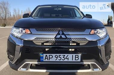 Mitsubishi Outlander 2019 в Запорожье