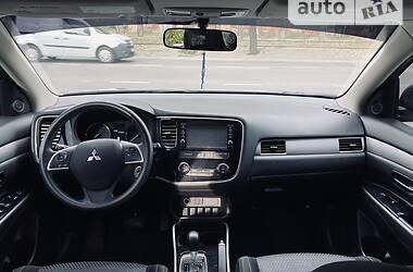 Внедорожник / Кроссовер Mitsubishi Outlander 2017 в Одессе
