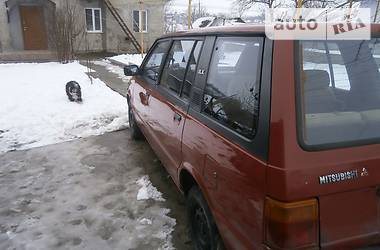 Mitsubishi Space Wagon 1985 в Могилев-Подольске