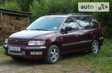 Mitsubishi Space Wagon 1999 в Борщеве