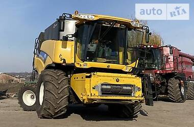 Комбайн зерноуборочный New Holland CX 8080 2009 в Кременчуге